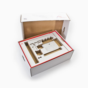 Fabricación de cajas para tecnología